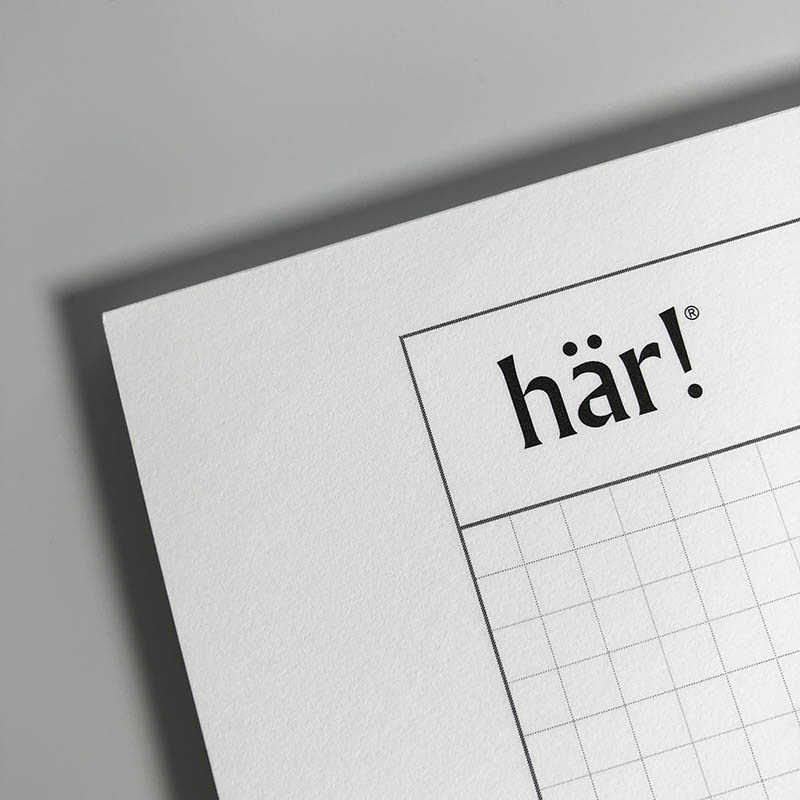 A photo of the Här! stationary paper.